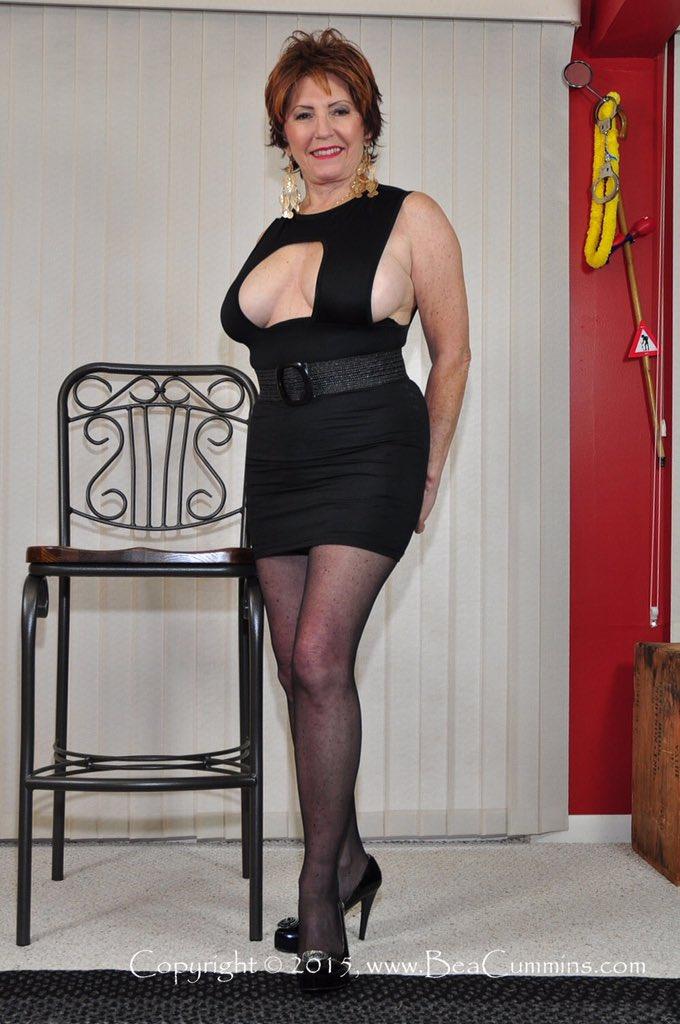 Bea Cummins Nude Photos