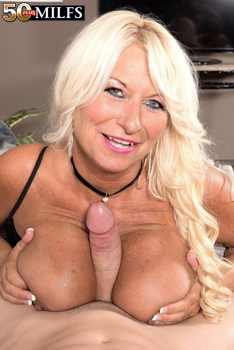 Busty blonde gilf mandi mcgraw enjoys some cock 3