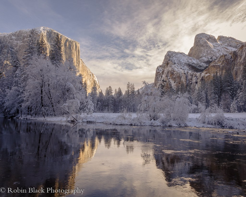 Amazing! RT @RBlackPhoto: Christmas at the Gates @YosemiteNPS @yosemitedn https://t.co/p1QmeQMLfr