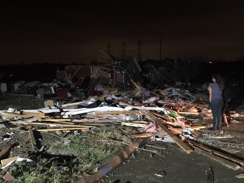 tornado dead body pictures - HD1024×768