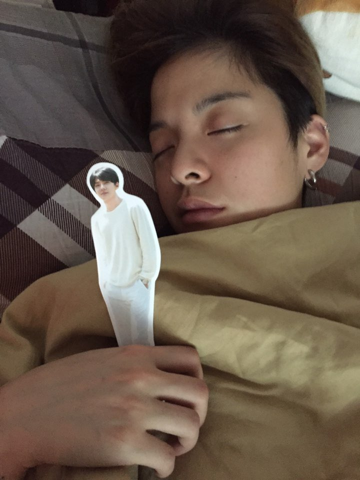 So this is what happens when your friend, whos an exo fan, is over and you fall asleep first...