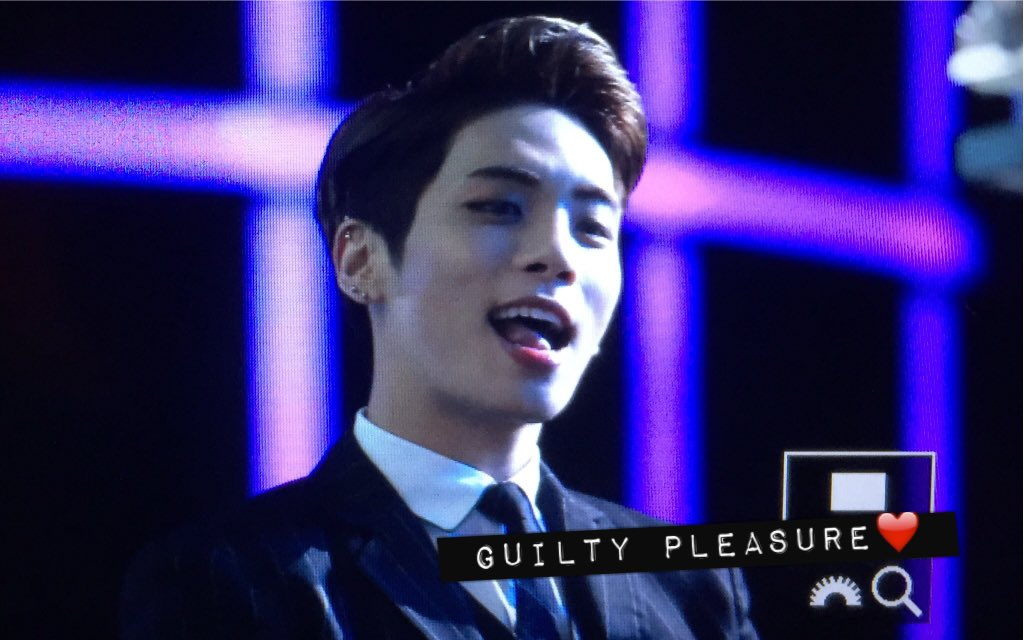 151227 Jonghyun @ SBS Gayo Daejun CXO_YNmUoAAgs20