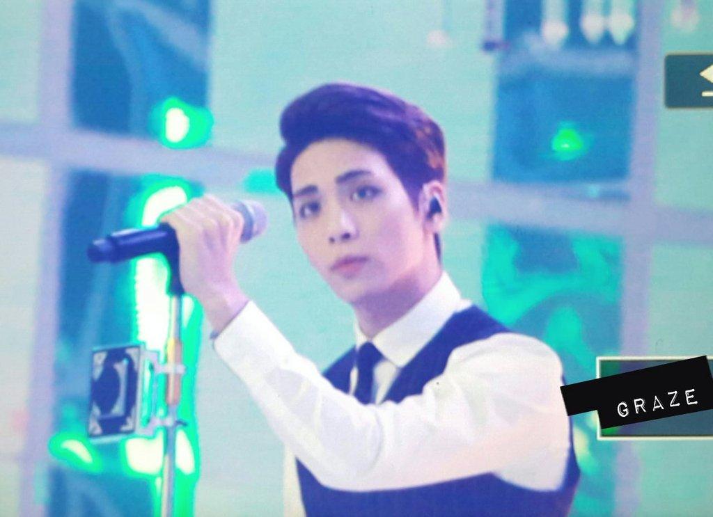 151227 Jonghyun @ SBS Gayo Daejun CXPLuVvUQAEi1KL