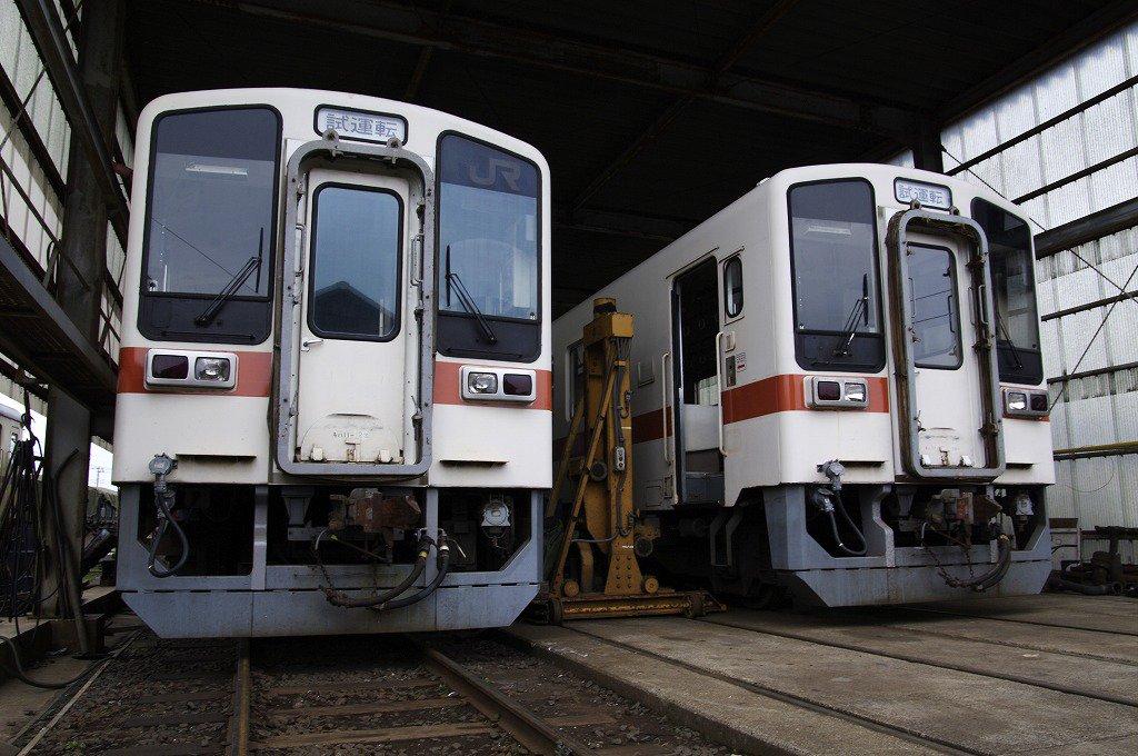 東海旅客鉄道(JR東海)及び東海交通事業より購入した車両「キハ11」が、12月30日(水)より営業運行を開始します☆☆ 30日及び31日の運行に続き、元日「快速なかみなと号」ではキハ11の2両運行を予定しております!! https://t.co/BKXZGFtaJQ