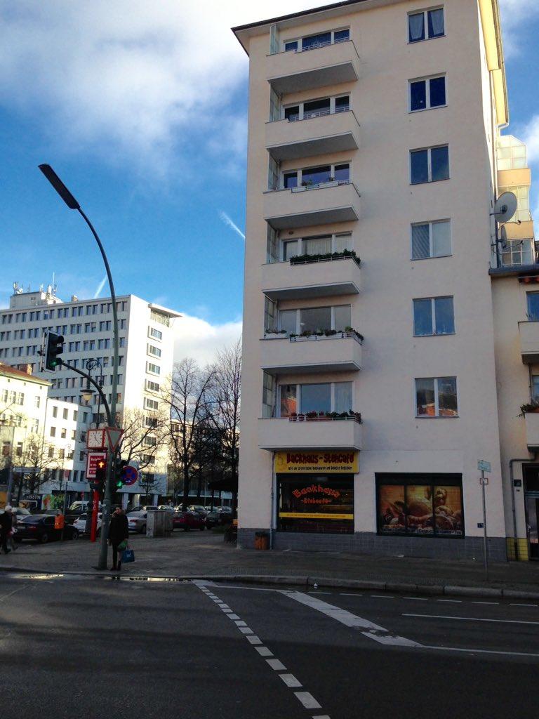 #BerlinKreuzberg #Kreuzberg #Yorckstrasse  #Grossbeerenstrasse #Hornstrasse #UrbanesLeben https://t.co/Jm3PeamdIy