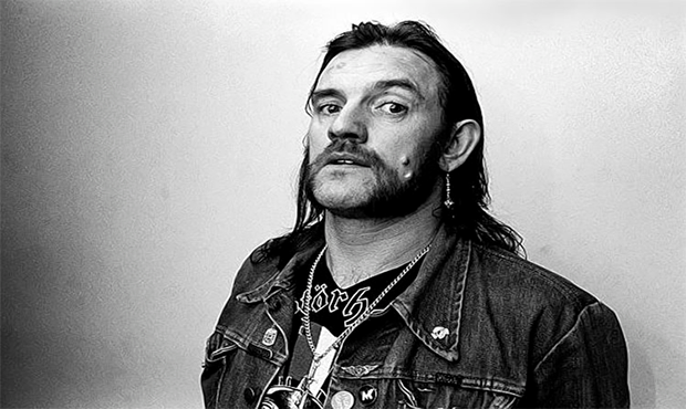 Here's a toast to the memory of a man who truly loved a good drink. RIP #Lemmy https://t.co/xHKIGUkqqe