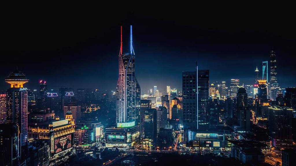 The dark side… and the light are on display at the Meridien hotel in Shanghai. #TheForceAwakens #StarWars #China by… https://t.co/ElEWHfZTDT