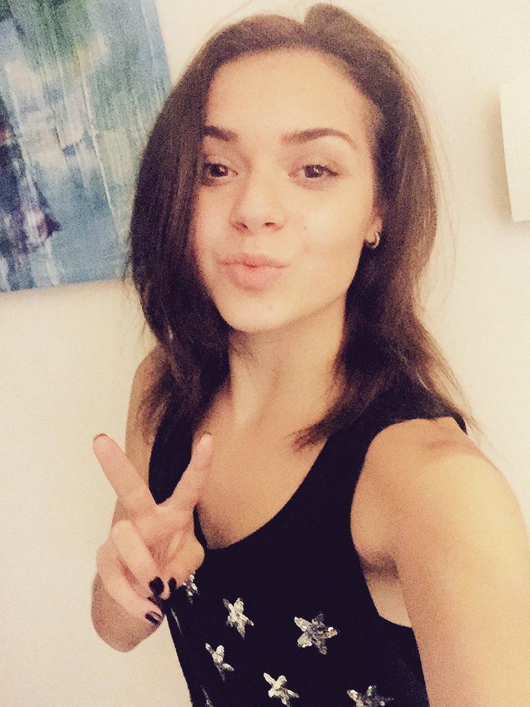 Adelina Sotnikova  - Запомните ме twitter @sotnickova2014