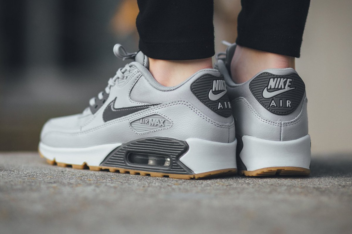 TITOLO on Twitter: Nike Air Max 90 Essential Wolf Grey