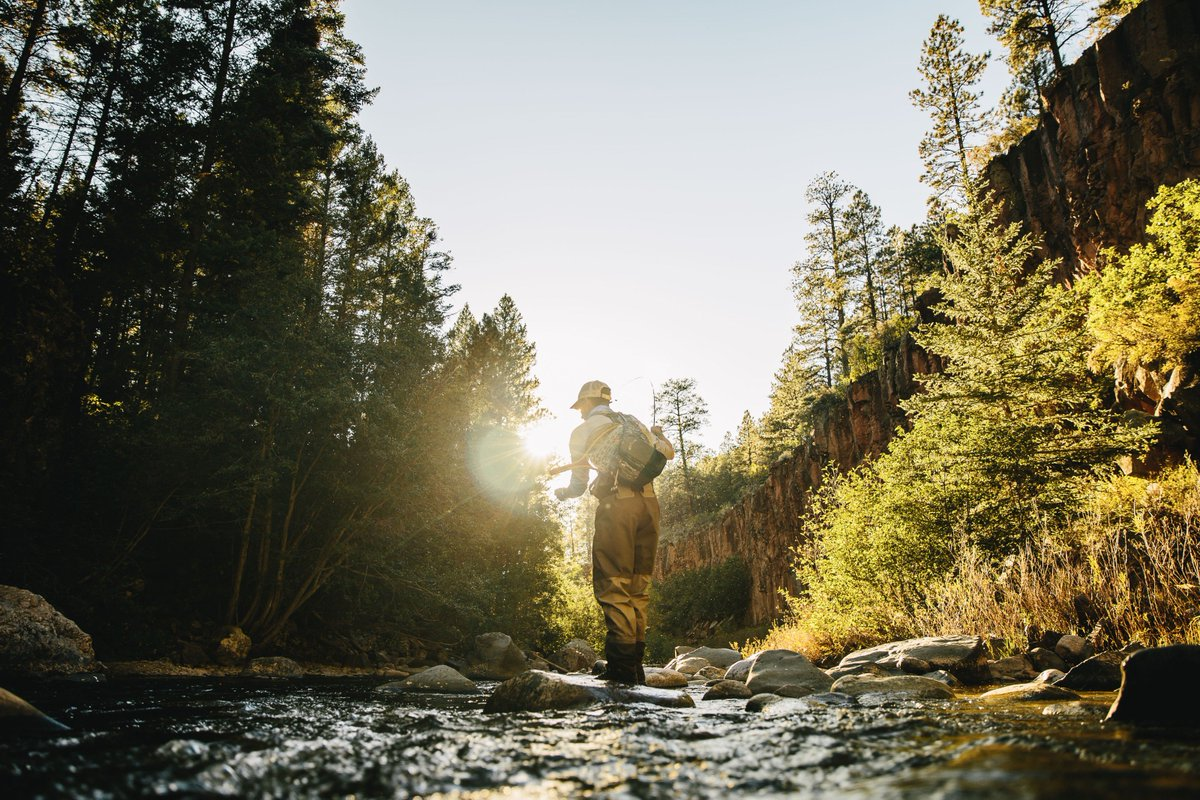 Your 2016 fly fishing resolutions:  https://t.co/9rXaacwLV6 #flyfishing #fishing #newyearsresolution https://t.co/B9lemPagq5