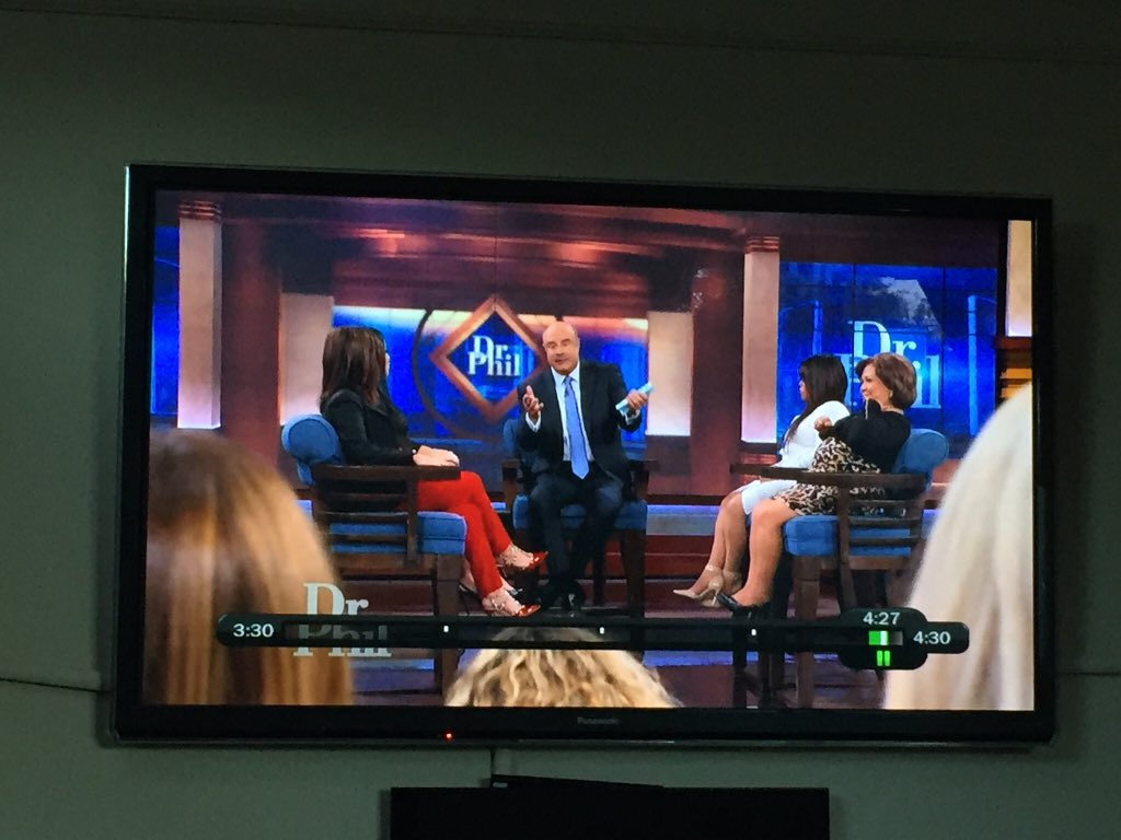 becky w on twitter why does dr phil have his guests sit in huge rh twitter com dr phil charlwood dr phil charlwood