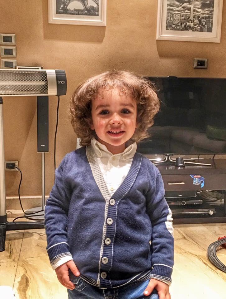 من فضلكم طفل مخطوف من التجمع من يوم الأحد ودي صورته...ارجوكم ساعدوا #مصر https://t.co/wh2DnQNAzN