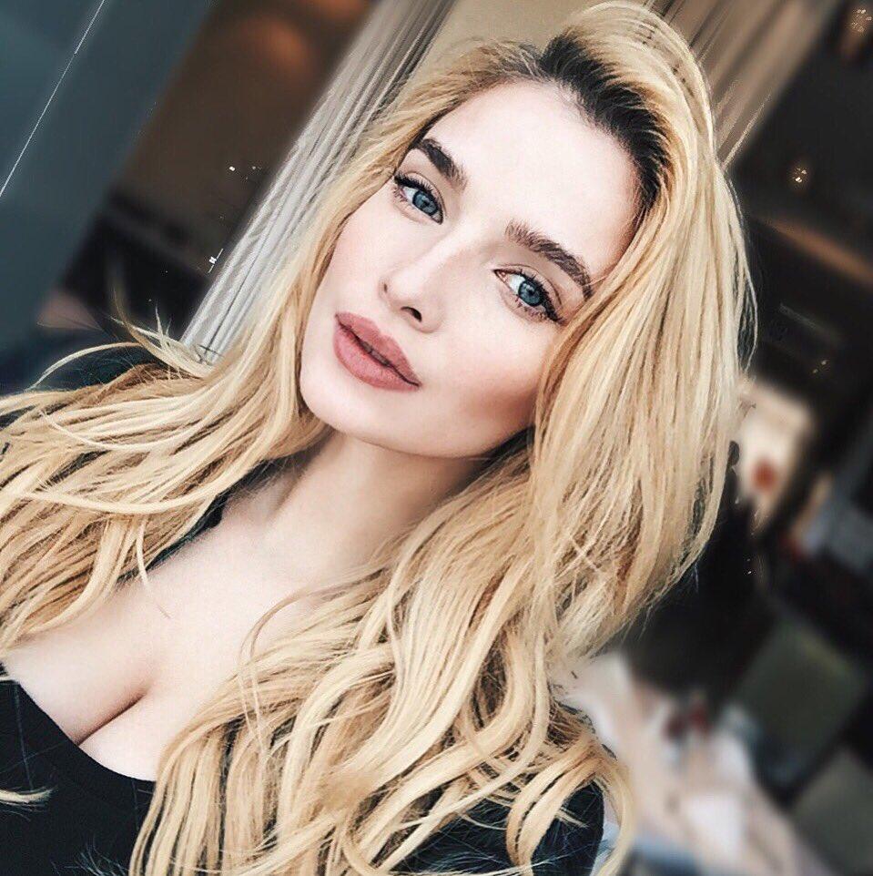 Tatyana Tatiana-kotova  - Зимой холодн twitter @Kottova