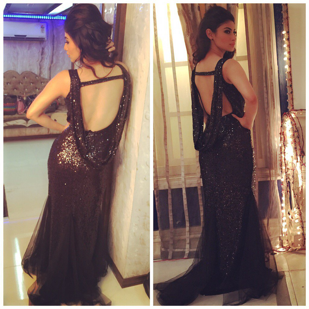 Mouni Roy Latest Picture/ Hot Images