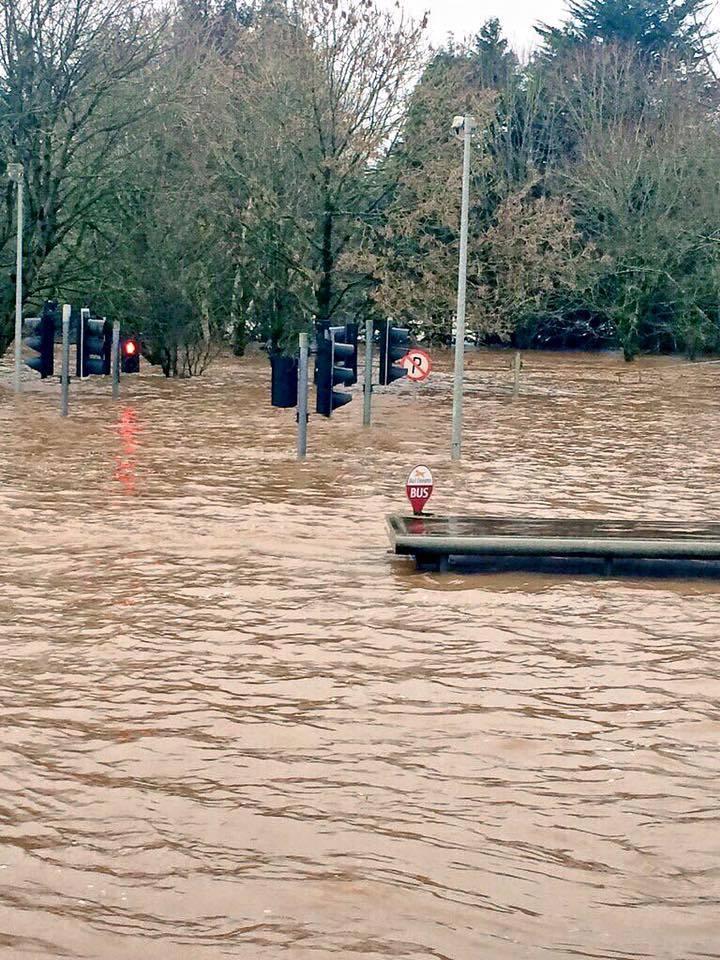 The most frightening photo after #StormFrank taken in Mallow earlier (7 feet of water) #corkfloods https://t.co/BU9ckAFvtG