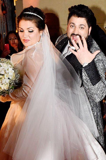 значит нетребко свадьба фото духовных