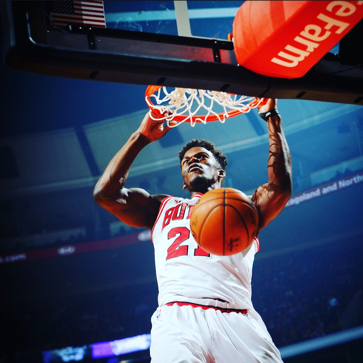 RT to VOTE Jimmy Butler for the 2016 @NBAAllStar game! #NBAVote https://t.co/NxlP34FiRx