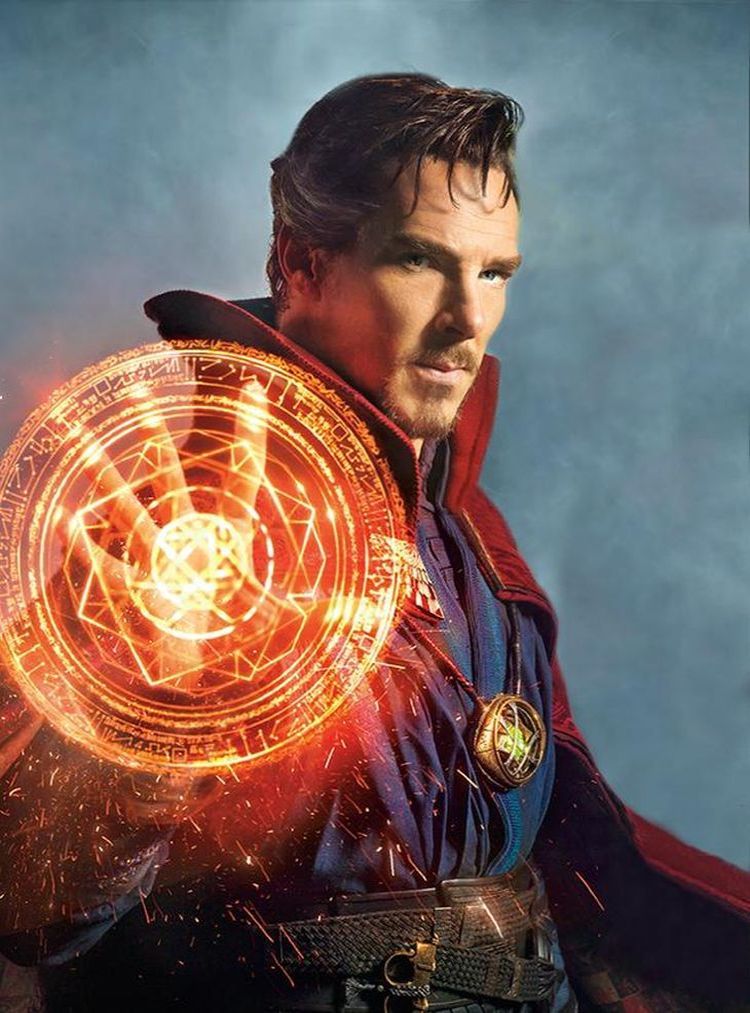 First Look At Benedict Cumberbatch As Doctor Strange Revealed 1