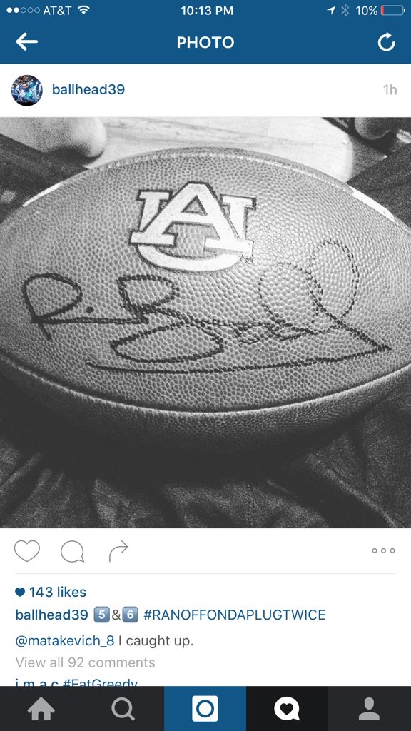 The Memphis player who stole the ball from Auburn autographed it and posted it on Instagram b/c of course he did. https://t.co/Vj3P4PkaNe