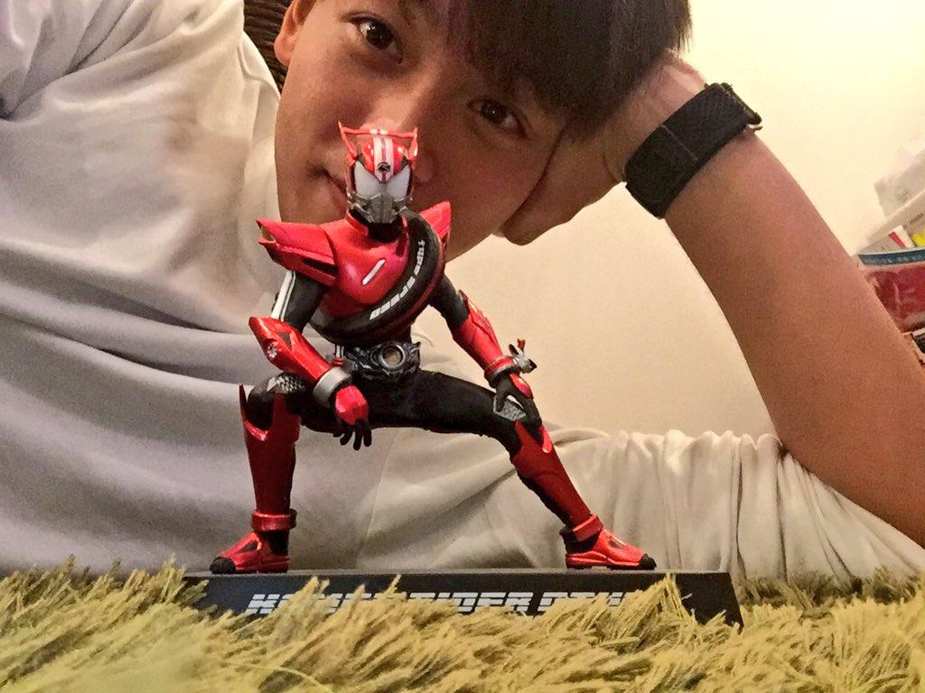 竹内涼真 on Twitter \u0026quot;イベントやツイッターのコメントで、仮面ライダードライブが終わってしまって寂しいと言ってくれる皆様、本当に嬉しいです😊 でも安心して