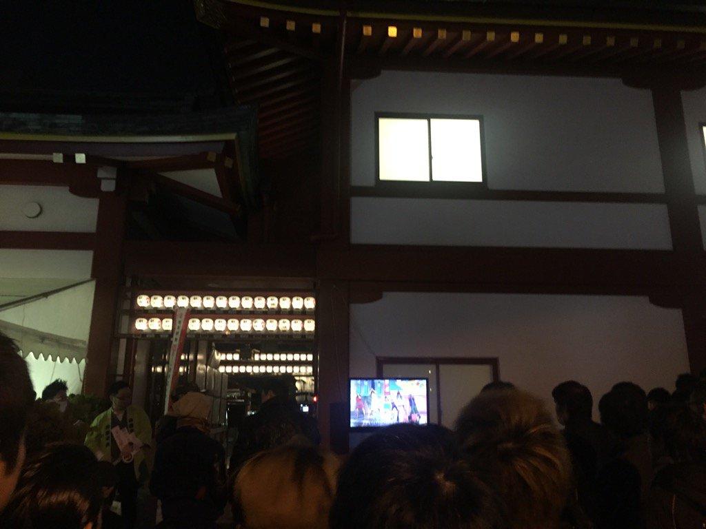 神田明神の紅白ライブビューイング https://t.co/NtPJA61kIA
