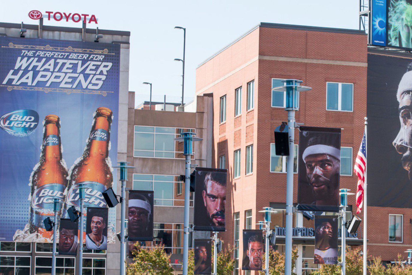 Fedexforum On Twitter Spending New Years Downtown Park At