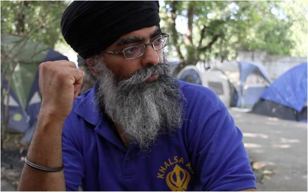 Have I missed something? How's @RaviSinghKA of @Khalsa_Aid not been decorated in the #NewYearsHonours? Or any Year? https://t.co/k7W5nyKZQd