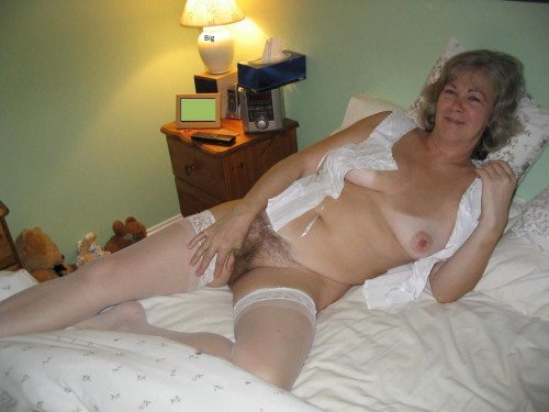 nude granny video