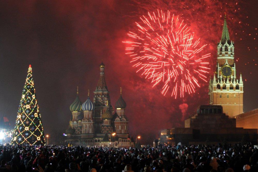 С новым годом россия картинки, девушка парень