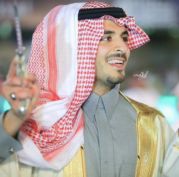 نجد On Twitter الأمير مشعل بن سلطان ٱل سعود أمه الأميرة النجدية موضي المنديل أبوه الأمير سلطان الخير رحمه الله الجمال النجدي Https T Co X9aj3xb2te