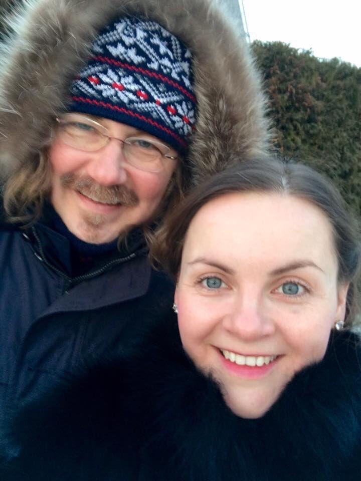 Игорь Николаев и Юлия Проскурякова: дочь на прогулке
