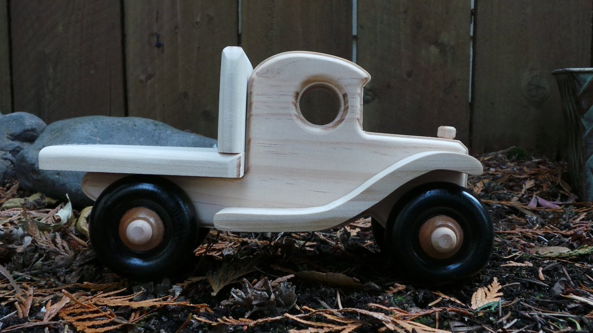 antique wood toy trucks gordyslittleredshed gordysshed twitter
