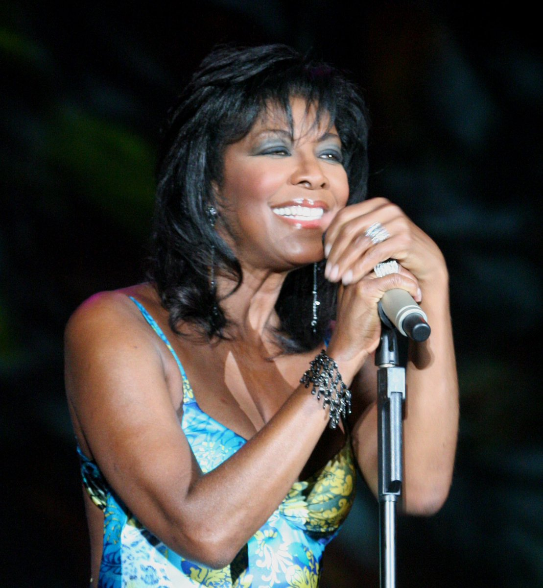#NatalieCole, sister beloved & of substance and sound. May her soul rest in peace. #Inseperable https://t.co/zn7DArSMcG