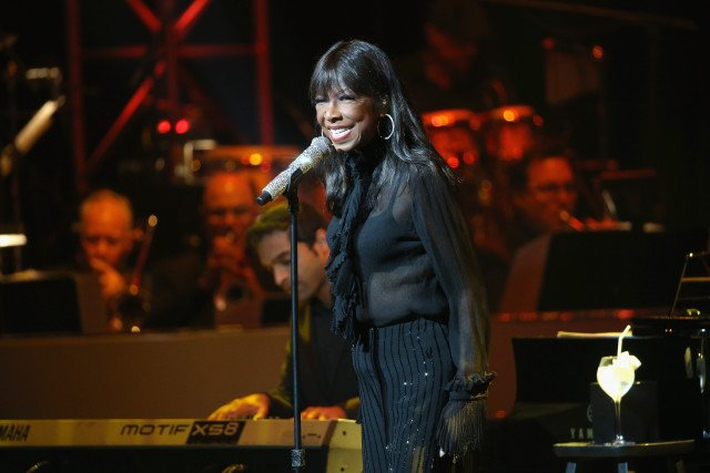 R.I.P. Natalie Cole https://t.co/Gtw8FiUBux https://t.co/u7mPyJgw51