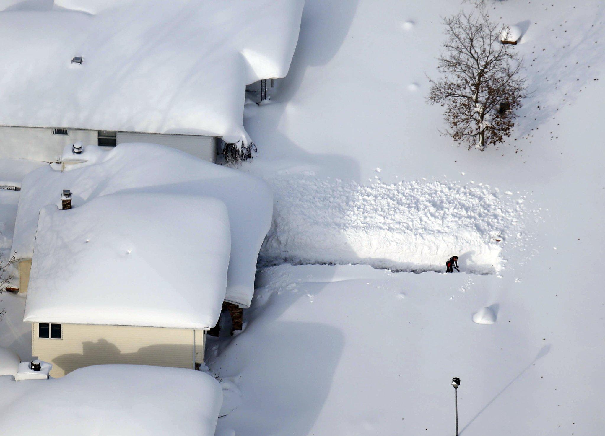 снегом замело картинки прикольные только его