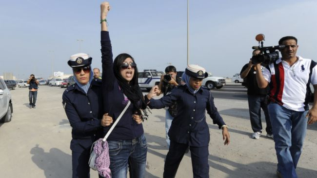 Whether you are 3 or 300 thousand, bravest people in the world are peaceful protesters #Bahrain https://t.co/vB9c5KywYR