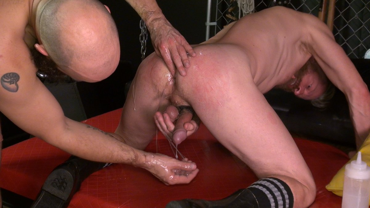 Leather Threesome Fucking Outdoor Gay Leather Bareback Anal Fuck Pissing