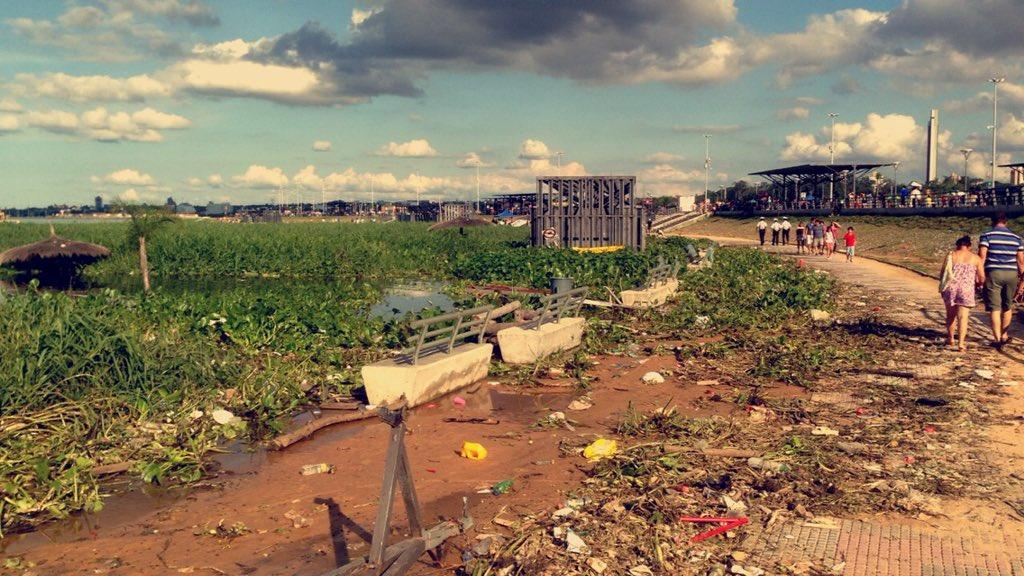 Qué triste ver la costanera de Asunción así.