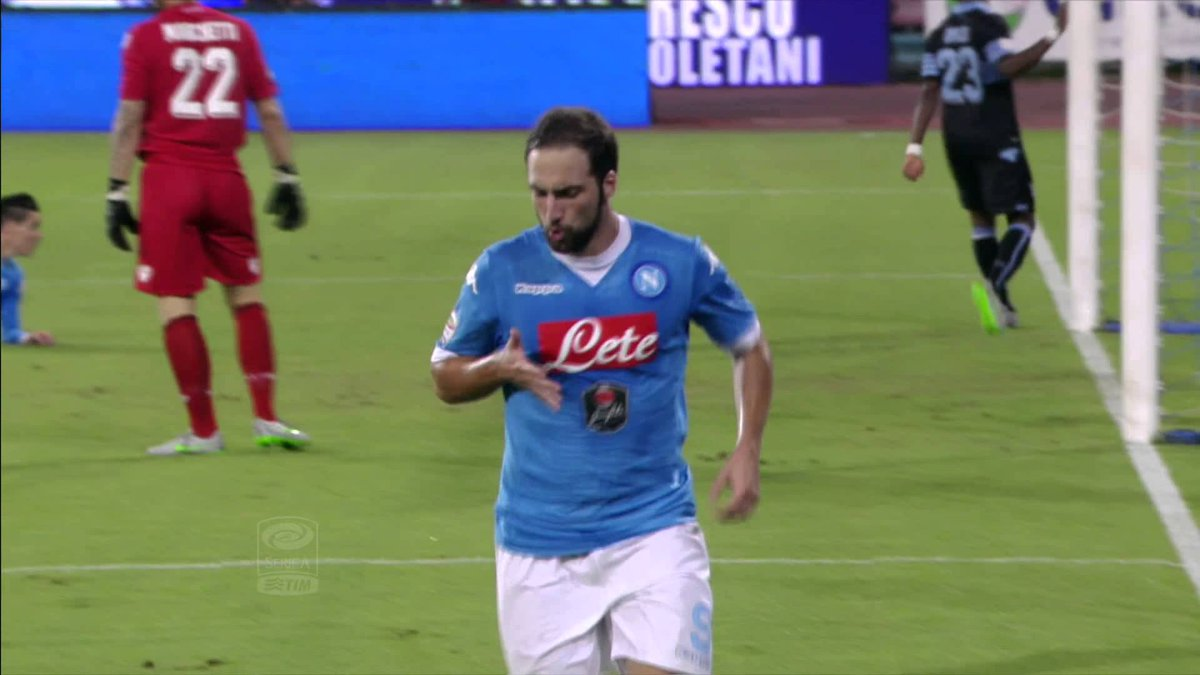 VIDEO NAPOLI-LAZIO Risultato 5-0 Highlights: 10 gol in 2 partite per Higuain e compagni.