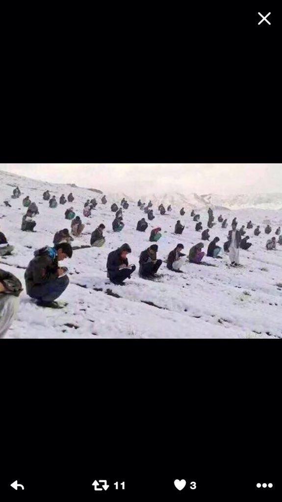 امتحانات القبول لطلبة جامعة كابول!!!  احمدوا ربنا https://t.co/Za6oCz8xTF