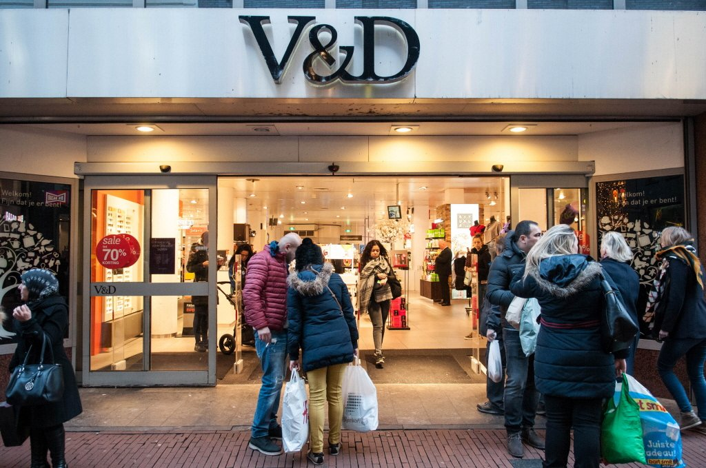 'V&D is nog maar het begin' https://t.co/L0jiLo2UgY #faillissement https://t.co/qdZU6wGEkN