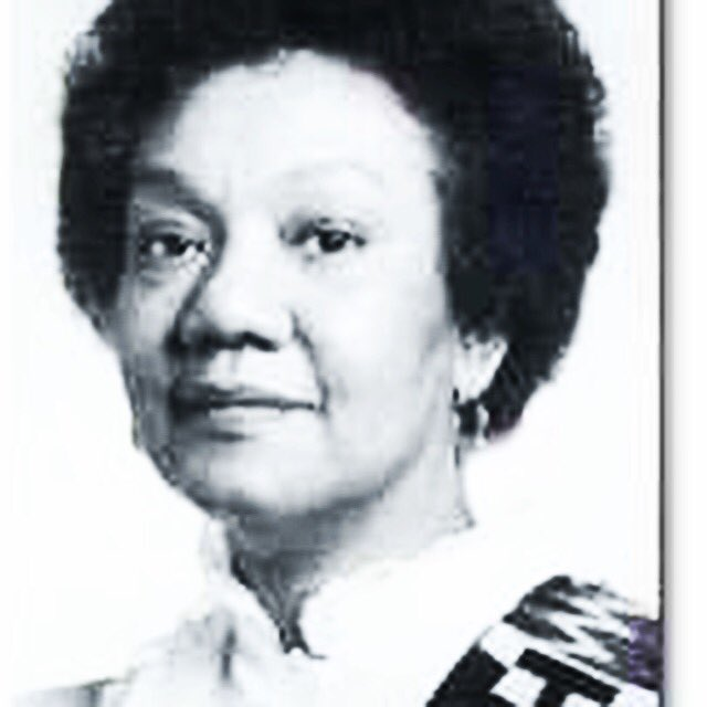 R.I.P to one of the most brilliant black thinkers Dr. Frances Cress Welsing. Her books changed my life! #Blessed https://t.co/2YXtY3DRmO