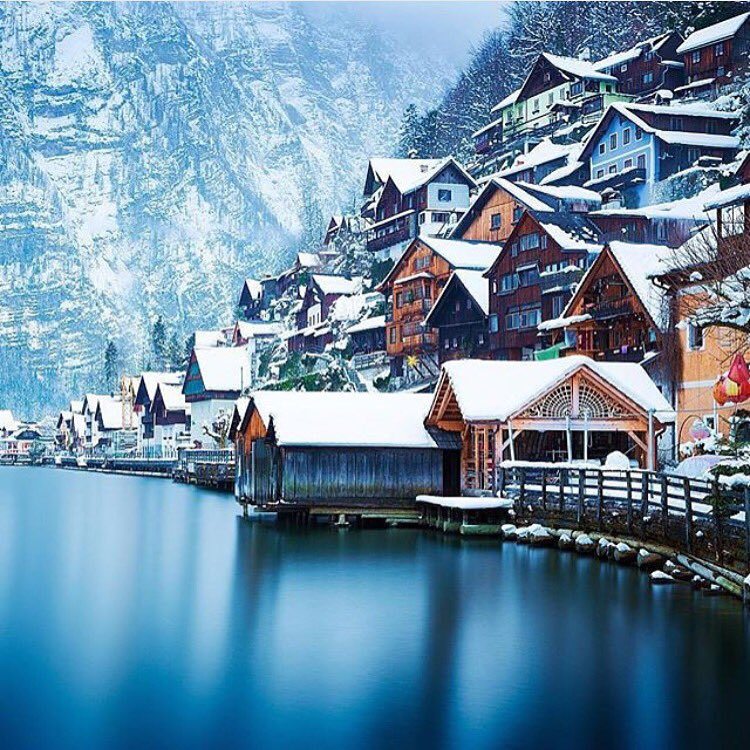 Must go in 2016. #Hallstatt #Austria #jetset #travel #luxury #getaway #holiday #vacation #ilovetravel #trip #go https://t.co/okQxvc0xgO