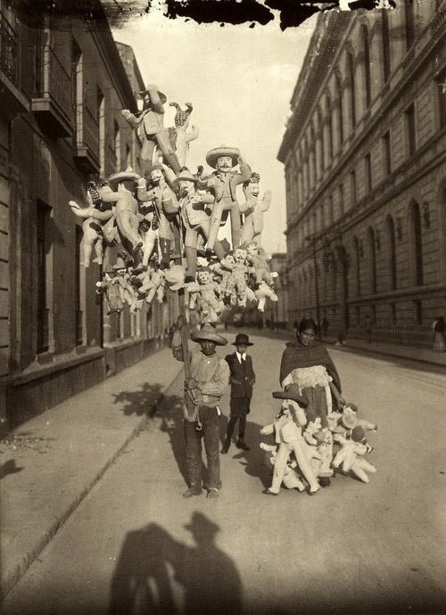 Ciudad de México, 1900 [Del @ArchivoCasasola ] cc @hdemauleon https://t.co/cq1Do0yDgf