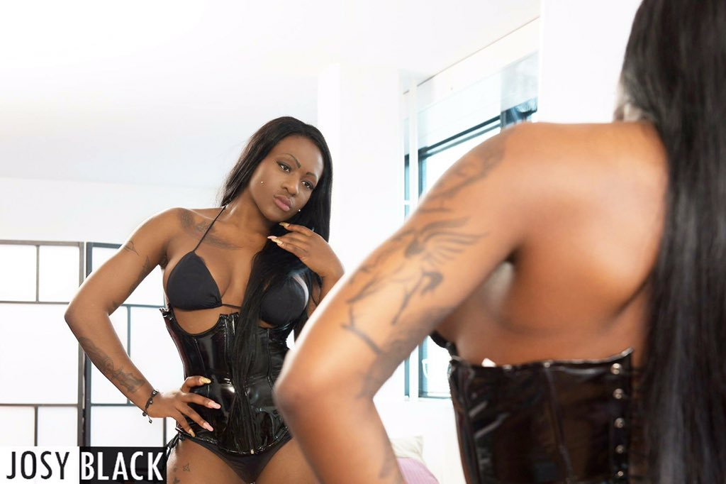 Thick lucious louis takes two - 1 part 7