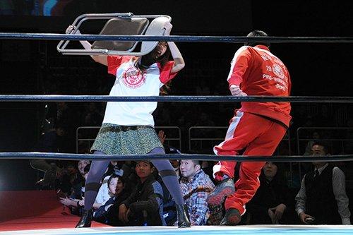 「#大プロレス祭り」の「プ女子トークショー」で1.4東京ドームを大胆予想!? 三森すずこさんがなんとパイプイスを持ってリングイン! https://t.co/YqBfI4yP4a #njwk10 https://t.co/O5FGmi4P7Z