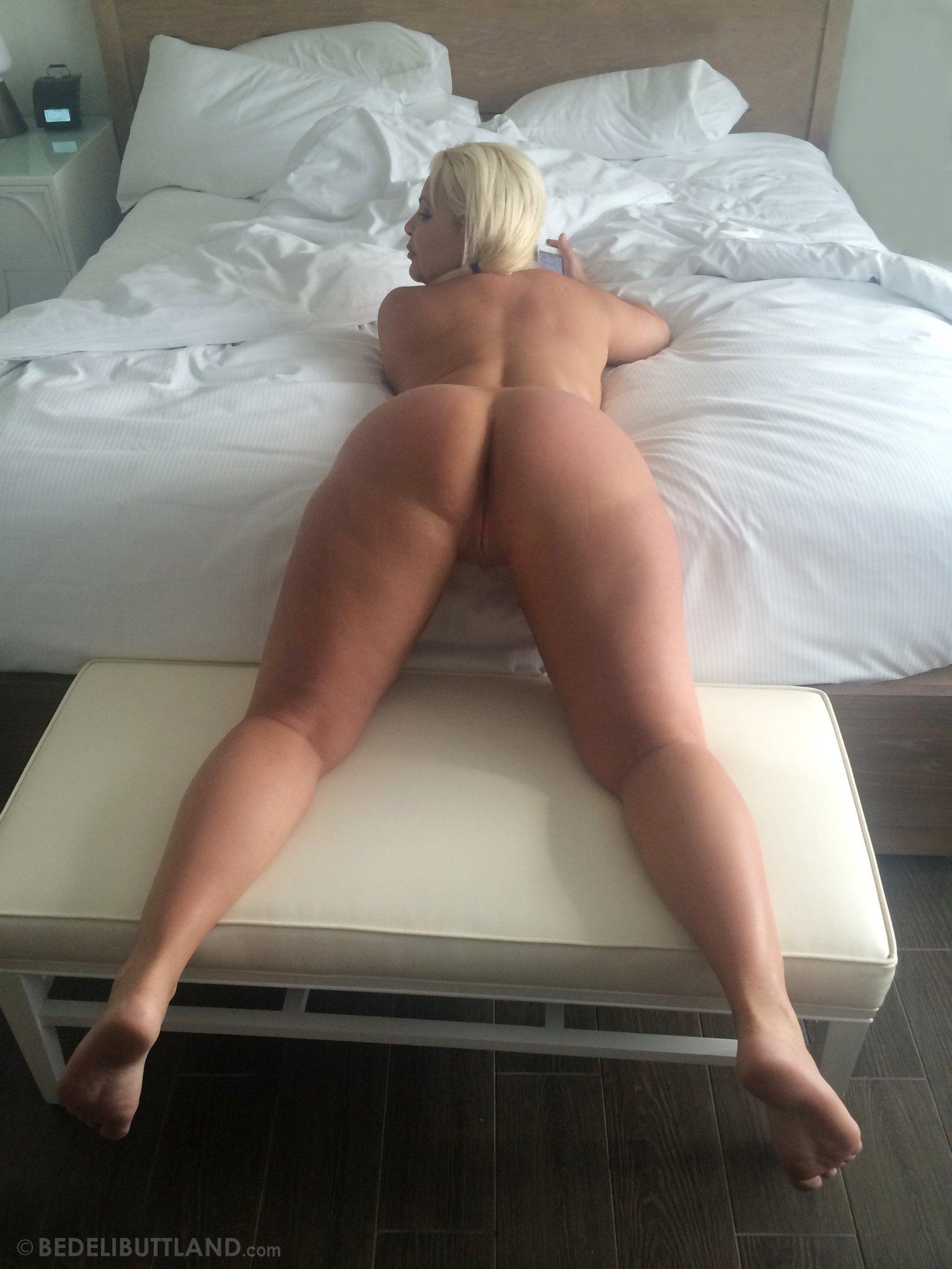 ebony nude free trailer