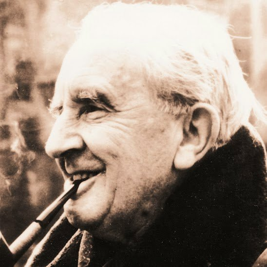 To The Professor! Happy birthday to J.R.R. Tolkien on what would have been his 124th birthday. #TolkienBirthdayToast https://t.co/5vFvQqxMSR