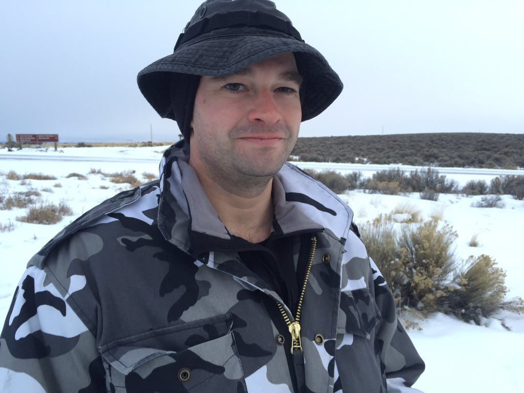 """I didn't come here to shoot I came here to die.""#bundymilitia, (will ID only as ""Capt. Moroni"") https://t.co/sh83SfWTll"