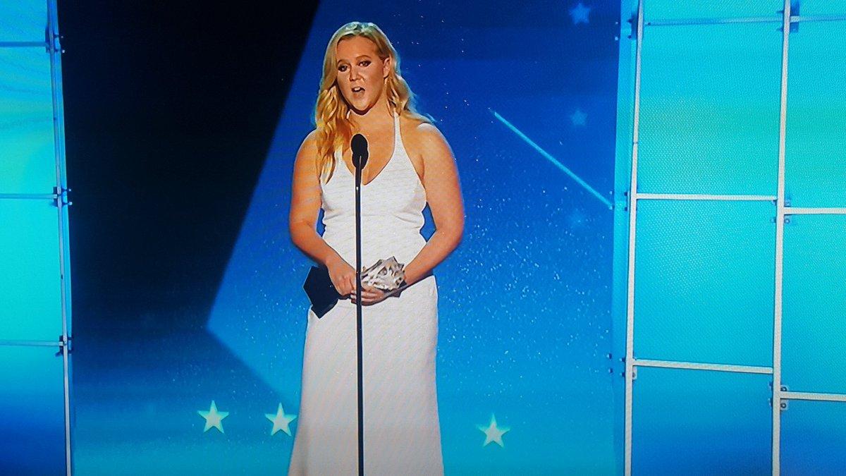 . @amyschumer ends her #CriticsChoiceAwards MVP acceptance speech with a call to end gun violence @TheWrap https://t.co/uB3lArWB6Z